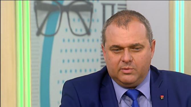 Искрен Веселинов: Против НСО сме, под въпрос е правото на Радев да я ръководи