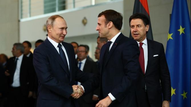 Президентите на Франция и на Русия, Еманюел Макрон Еманюел Макрон