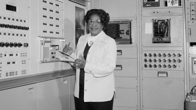 НАСА кръщава централата си на Мери Джаксън - първата жена инженер афроамериканка