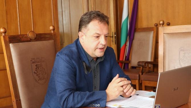 Негативната тенденция за спад на местните приходи във Велико Търново