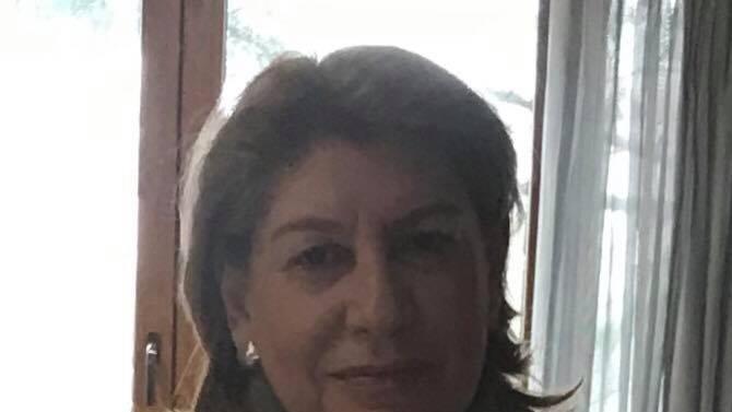 Стела Богомилова е психолингвист, експерт по психологически и социални проблеми.