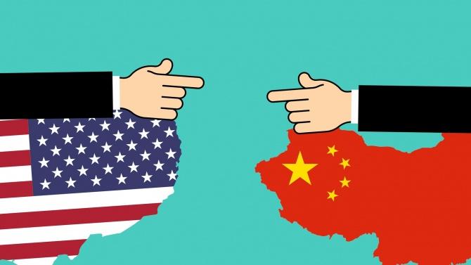 САЩ обявиха днес, че налагат визови ограничения на китайски представители,
