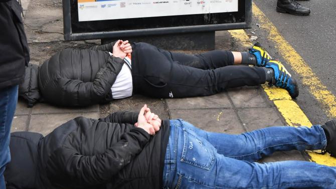 Българи са арестувани за опит за отвличане на дете в Гърция
