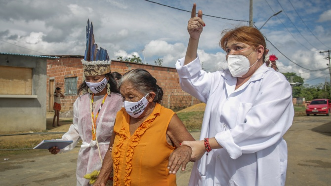 Броят на заразените с COVID-19 в Бразилия надхвърли 1,3 милиона