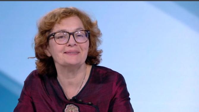 Румяна Коларова: Президентът е слабата страна във войната с премиера