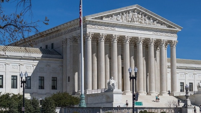 Върховният съд на САЩ анулира рестиктивен закон за абортите