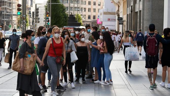 Испания обяви, че няма да връща извънредното положение, но все пак си остави вратичка
