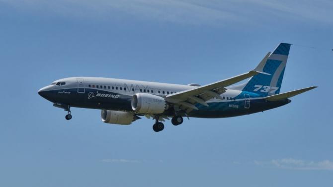 В САЩ тестват обновения Боинг 737 Макс