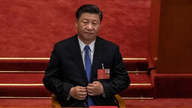 СиЦзинпинподписа спорния закон за националната сигурност на Хонконг