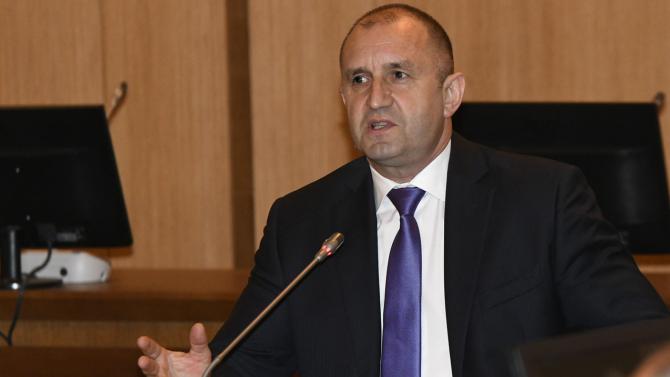 От Президентството с официална позиция по повод разпространения последен чат между Узунов и Бобоков