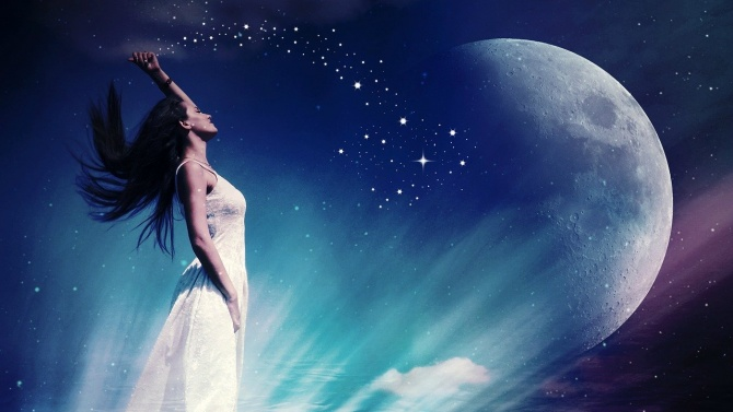 Луната е в знак Скорпион до 04:22ч на 2 юли.