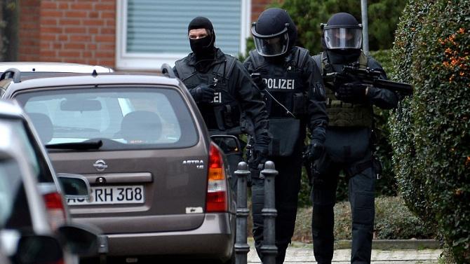 Германската полиция проведе мащабна акция срещу мрежа за трафик на хора