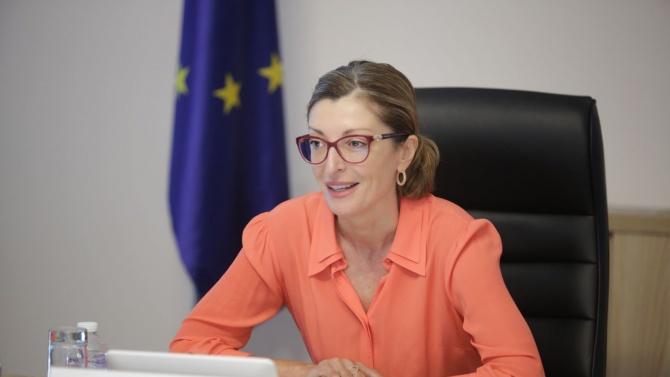 Екатерина Захариева: Много е важно да не допуснем пандемията да доведе до нови разделения в ЕС