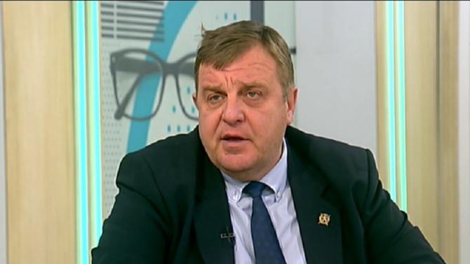 Вицепремиерът и министър на отбраната Красимир Каракачанов Красимир Дончев Каракачанов