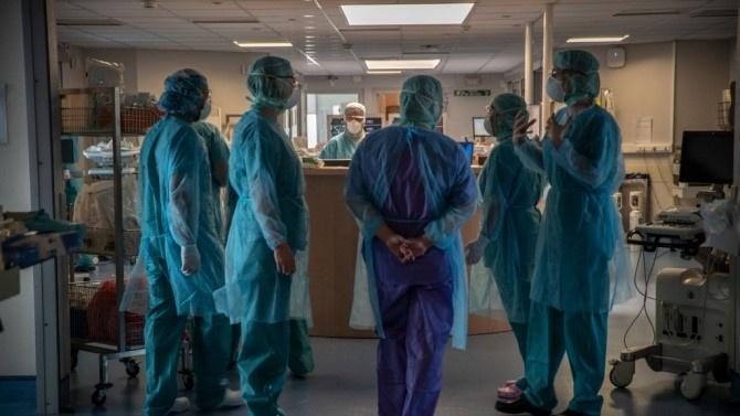 14 починали от COVID-19 във Франция през последното денонощие