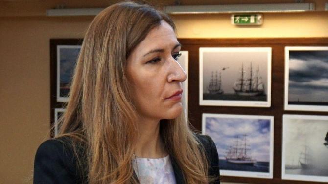Ангелкова обяви, че се работи активно за рестарт на туристическия бизнес