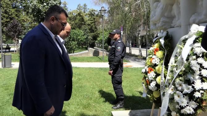 Министърът на вътрешните работи Младен МариновМладен Маринов е роден на