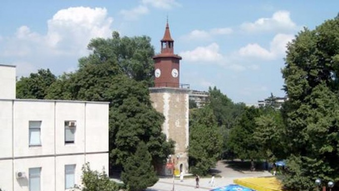 Започна ремонтът на часовниковата кула в центъра на Свищов