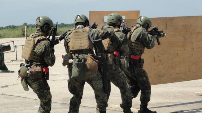 Адмирал Емил Ефтимов: Трябва да се гордеем с нашите Специални сили