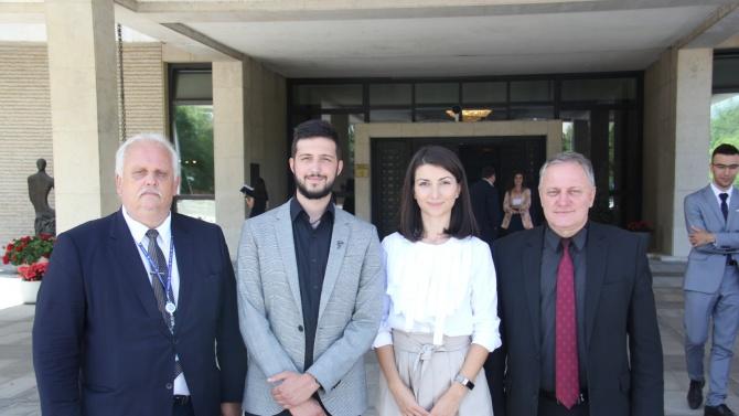 Заместник-министърът на външните работи Милен Люцканов поздрави двамата нови младежки