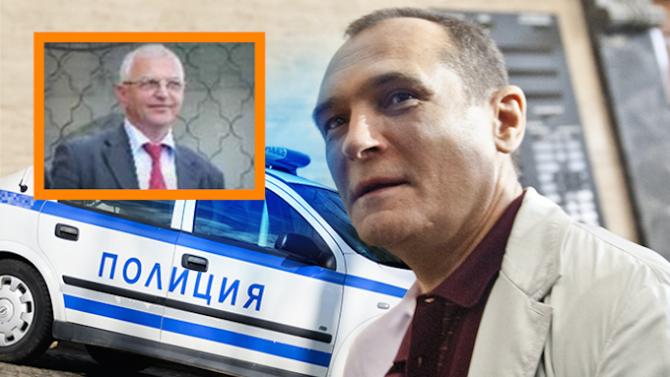 От медиите разбрах кои са арестуваните вчера служители на Васил