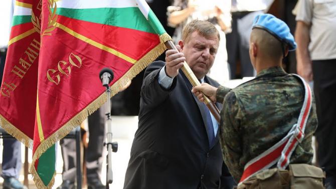 Каракачанов категоричен: Развитието на Специалните сили ще продължи