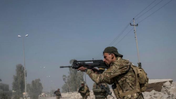 """Сблъсъци между сирийските правителствени сили и джихадисти от """"Ислямска държава"""""""