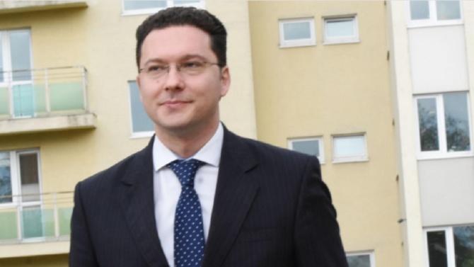 Даниел Митов: В много държави срещите с политиците не са на четири очи