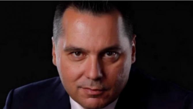 Борислав Велков: Пространствата за култура в НДК ще работят, та ако ще и ръководството да къса билети