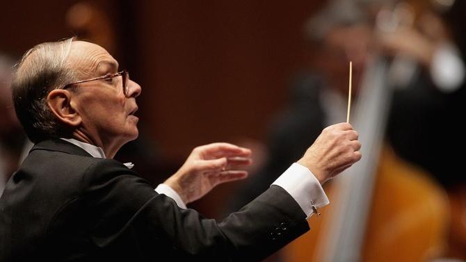 Световноизвестният италиански композитор Енио Мориконе беше погребан в тесен семеен
