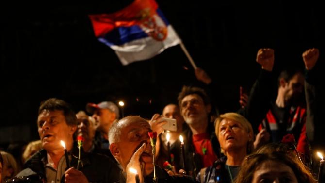 Сърбите побесняха заради вечерния час, протестите почти опустошиха Белград