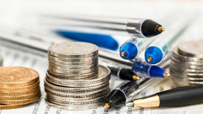Спад на инфлацията в период на криза е нормално, коментира икономист