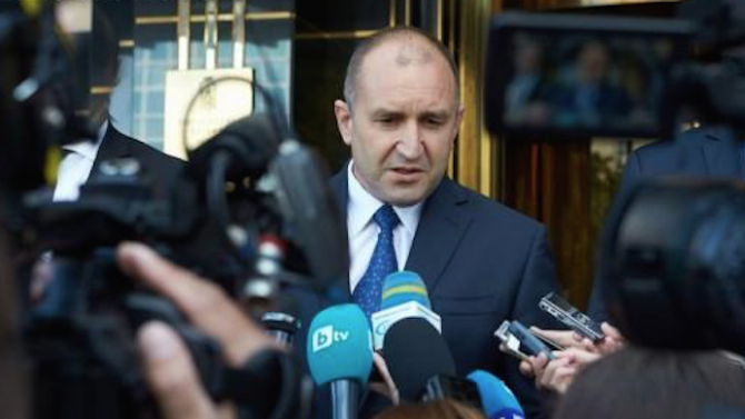 Президентът Румен Радев събра медиите, за да направи изявление. Очаквайте