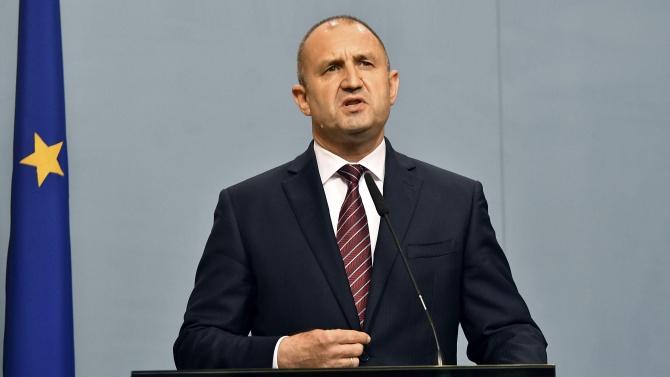 ДПС: Президентът знае най-добре защо е охраната на Доган и Пеевски, стига популизъм