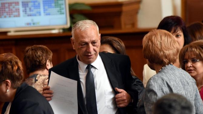 Депутатът от ГЕРБ и председател на Комисията за контрол над
