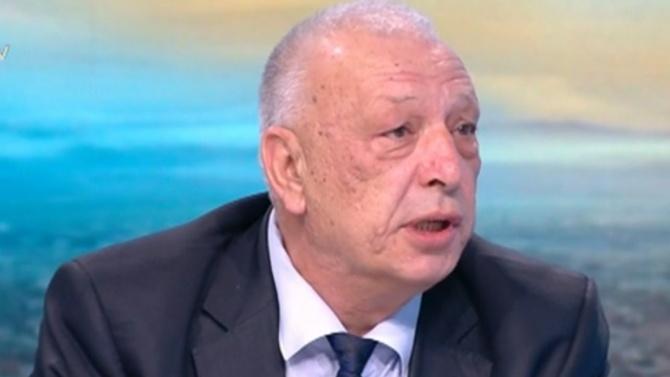 Димитър Лазаров: Президентът назначава еднолично началника на НСО. За какви правомощия говори Радев?