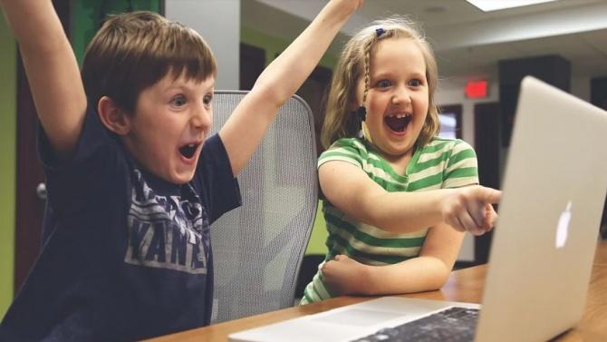 """""""Образователната система показа, че може да работи в електронна среда"""