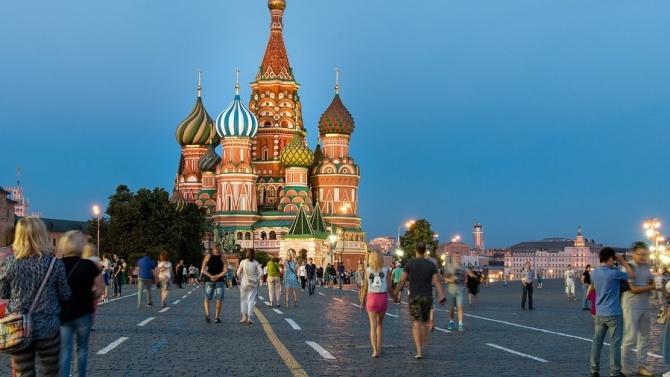 В Москва отварят отново училища и университети следващата седмица
