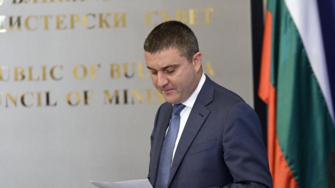 Днес изтича срокът, в който министърът на финансите Владислав Горанов