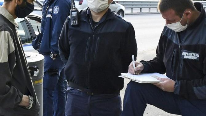 Инспектори от Агенцията за безопасност на храните и РЗИ-София започнаха