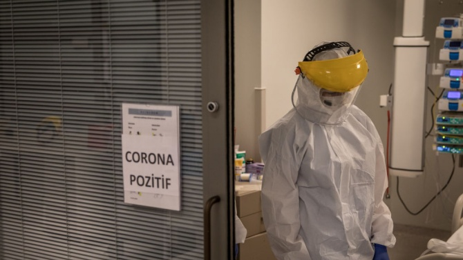 Бразилия регистрира 45 048 нови случая на коронавирус за последното