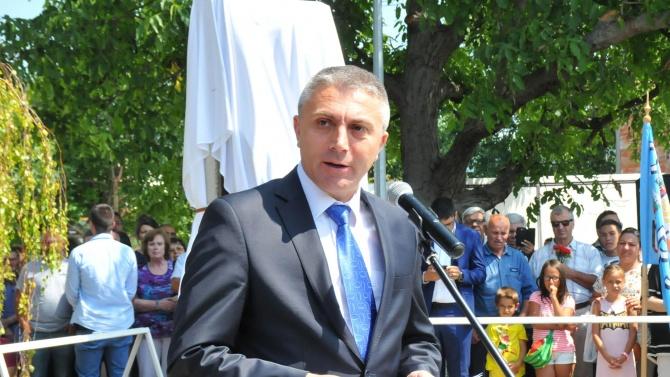 Лидерът на ДПС Мустафа Карадайъ Мустафа Карадайъ – български политик