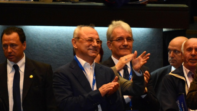 Ахмед Доган и Делян Пеевски се отказаха от охраната на НСО