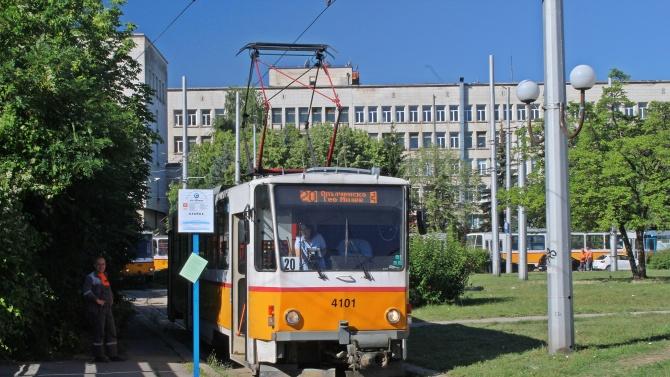 Ремонтът на бул. Асен Йорданов в участъка от спирка ж.к.