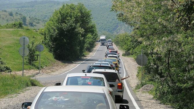 Гърция затваря границата си с България за няяколко дни , електронният формуляр за влизане страната няма да работи до 14 юли