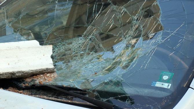 Молдовец потроши 7 автомобила пред блок в Пловдив
