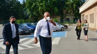 Бойко Борисов пристигна на разпит в Специализираната прокуратура