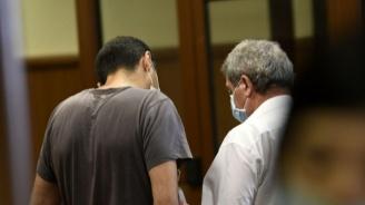 Антимафиотите от ГДБОП, обвинени за чадър над наркогрупи, остават в ареста