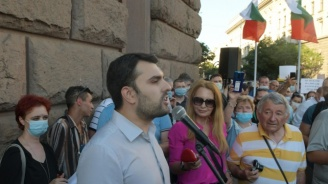 Георг Георгиев:  Божков има пръст в стълкновенията от вчера