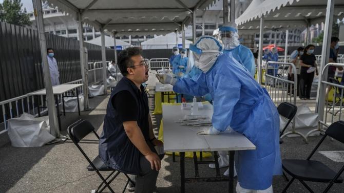 Китай съобщи за 8 нови случая на коронавирус за денонощието